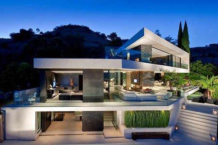 Богачи вкладываются в недвижимость